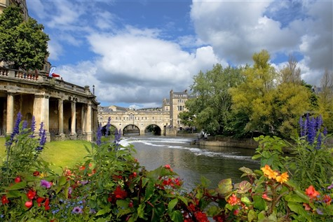 An Express Excursion to Bath with Johnsons Coaches