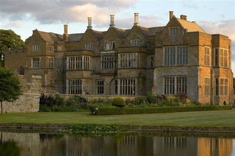 Banbury & Broughton Castle, Oxfordshire