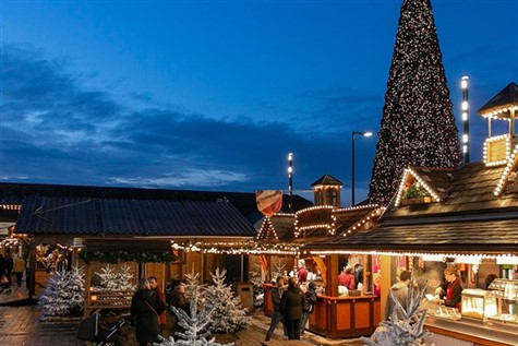 Cheshire Oaks Christmas Shopping