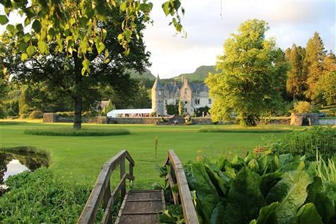 Regal Scotland Featuring Castles & Gardens