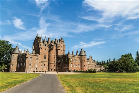Glorious Glamis Castle in Scotland