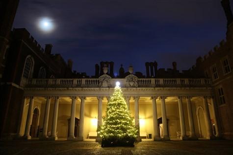 Hampton Court Palace Tudor Christmas