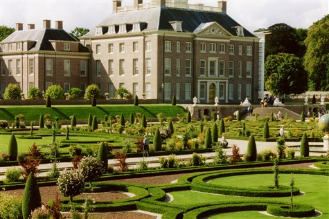 A stunning shot of the Het Loo Palace