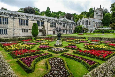 Cornish Gardens at Easter