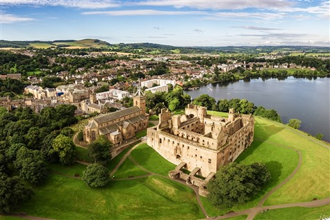 Great Gardens & Historic Houses of Central Scotland