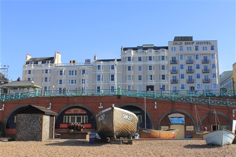 The Brighton Belle, The Old Ship