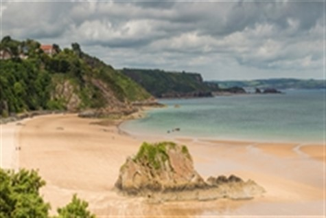 A 5 Day Escorted Coach Holiday to Tenby & the South Pembrokeshire Coast with Johnsons Coaches