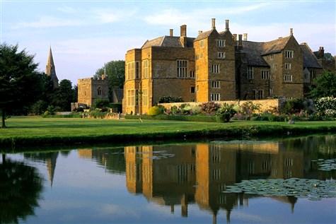 Banbury & Broughton Castle