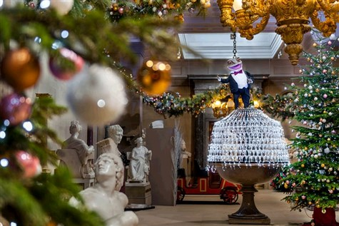 Chatsworth House at Christmas, Express