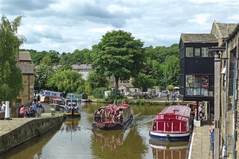 Skipton & Pennine Boat Cruise with Cream Tea