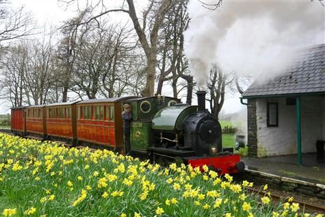 Tal y Lyn Railway