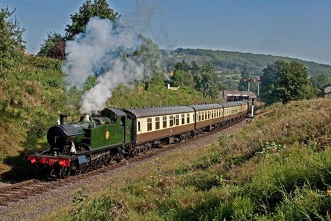 Steaming through the Cotswolds & Broadway