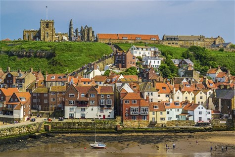 Luxury Traveller - Yorkshire Class & Whitby