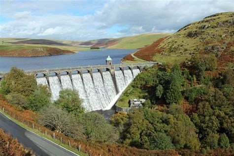 Redkites & Reservoirs, Elan Valley & Gigrin Farm,