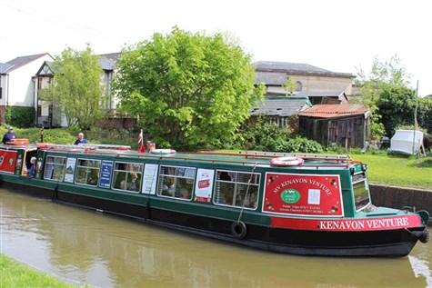Delightful Devizes & Kennett & Avon Canal Cruise